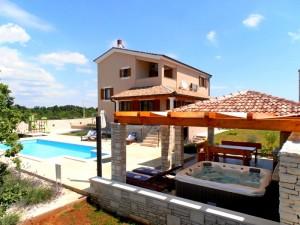 Bild: Villa Stokovci mit Pool und Whirlpool